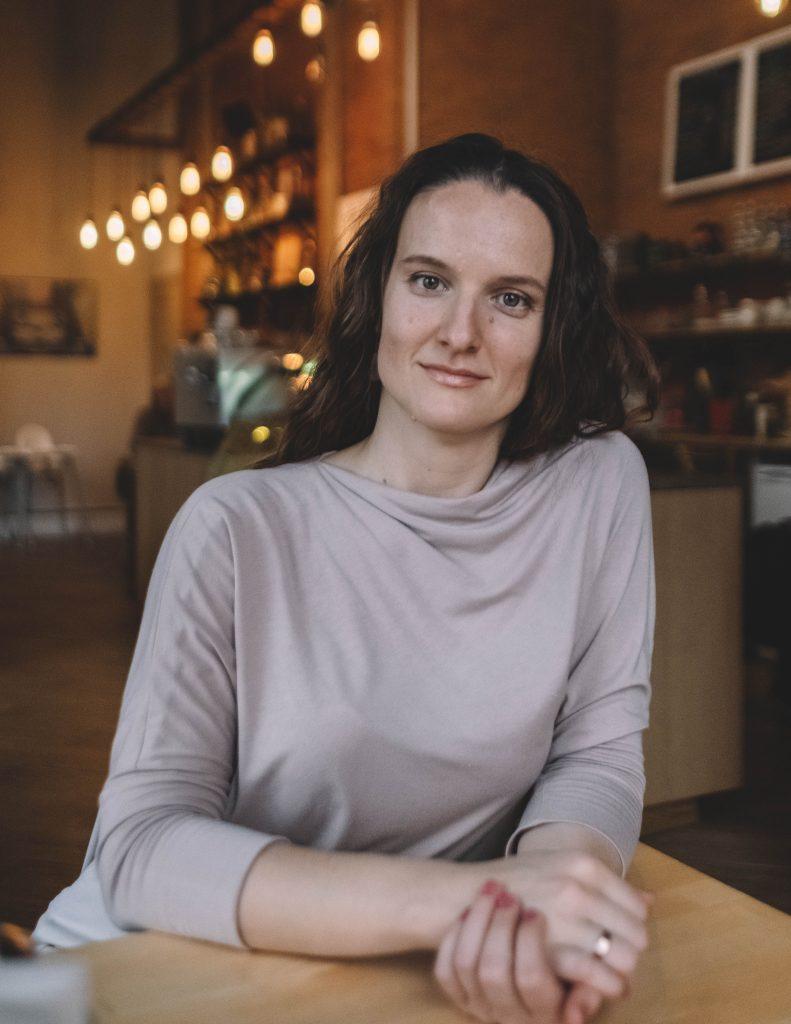 Александра Метальникова, коуч для женщин, женский психолог, гипнотерапевт женского счастья и любви к себе